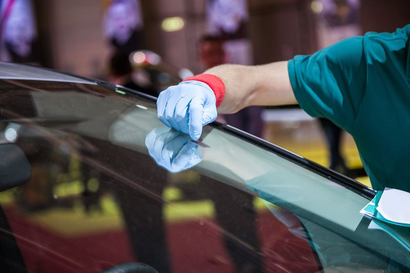 When to Repair a Windshield